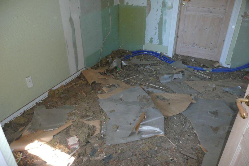 Og nu er der osse beskidt på gulvet